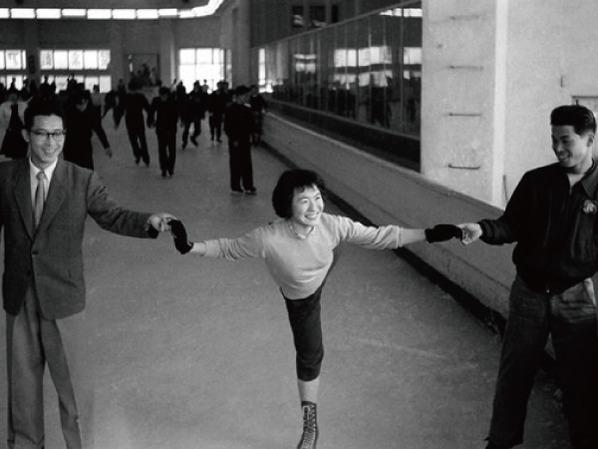 神戸アイススケート場
